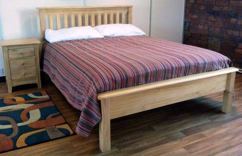 Shaker style bed wood
